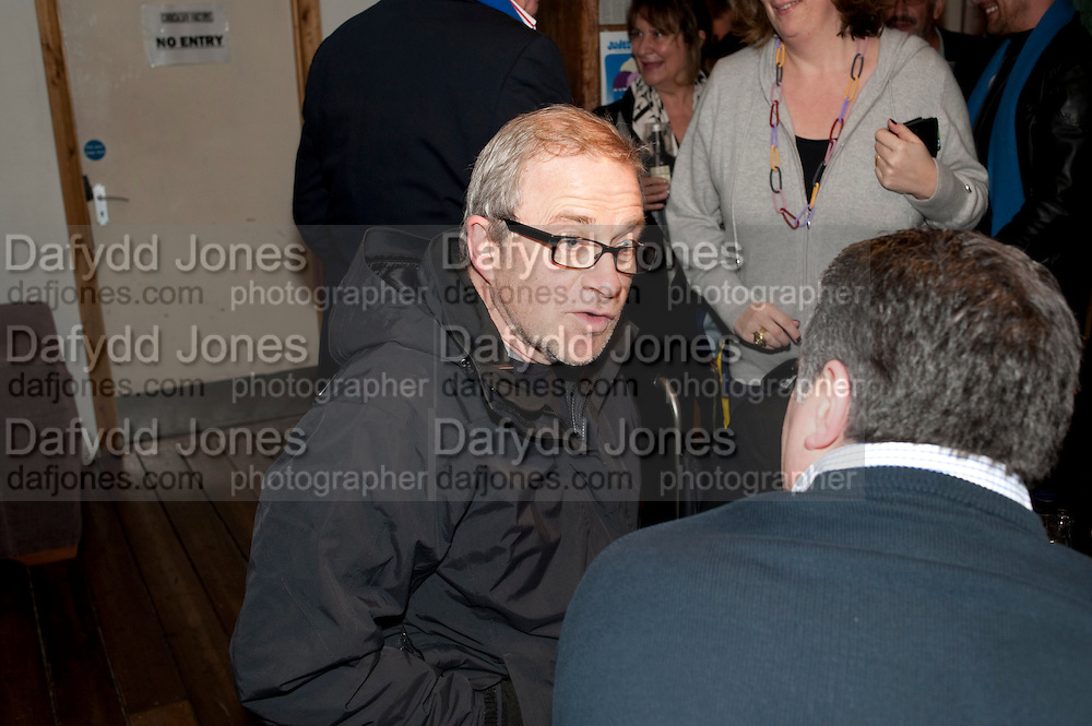 HARRY ENFIELD, Gala performance of  RUBY WAX- LOSING IT  in aid of  Comic Relief. Menier Theatre. London. 23 February 2011. -DO NOT ARCHIVE-© Copyright Photograph by Dafydd Jones. 248 Clapham Rd. London SW9 0PZ. Tel 0207 820 0771. www.dafjones.com.