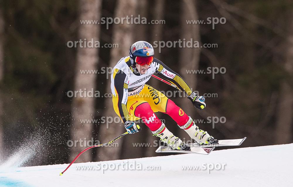 30.01.2016, Kandahar, Garmisch Partenkirchen, GER, FIS Weltcup Ski Alpin, Abfahrt, Herren, im Bild Erik Guay (CAN) // Erik Guay of Canada competes in his run for the men's Downhill of Garmisch FIS Ski Alpine World Cup at the Kandahar course in Garmisch Partenkirchen, Germany on 2016/01/30. EXPA Pictures © 2016, PhotoCredit: EXPA/ Johann Groder