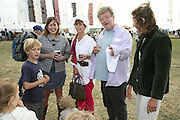 Susie Babchick, Lady Henrietta Rous and Julian  Bannerman, The Cornish Birthday party to Celebrate John Betjeman's Centenary. Carruan Farm. Polzeath. Conrwall. In aid of the new Padstow Lifeboat Station. 28 August 2006. ONE TIME USE ONLY - DO NOT ARCHIVE  © Copyright Photograph by Dafydd Jones 66 Stockwell Park Rd. London SW9 0DA Tel 020 7733 0108 www.dafjones.com