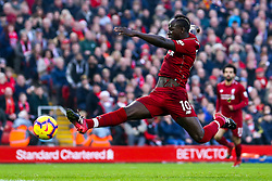 Sadio Mane of Liverpool stretches for the ball - Mandatory by-line: Robbie Stephenson/JMP - 26/12/2018 - FOOTBALL - Anfield - Liverpool, England - Liverpool v Newcastle United - Premier League
