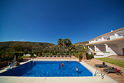 ALHAURÍN EL GRANDE, SPAIN - Tuesday, February 26, 2019: Wales players cool off in the water of the hotel swimming pool during a training session at the at Alhaurin Golf Resort in Spain. (Pic by David Rawcliffe/Propaganda)