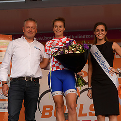 30-08-2016: Wielrennen: Ladies Tour: Tiel      <br /> TIEL (NED) wielrennen    <br /> De Boels Ladies Tour begon met een etappe door de Betuwe<br /> SPOOR Winanda (Lensworld-Zannata-Etixx) leidster Bonisprint klassement