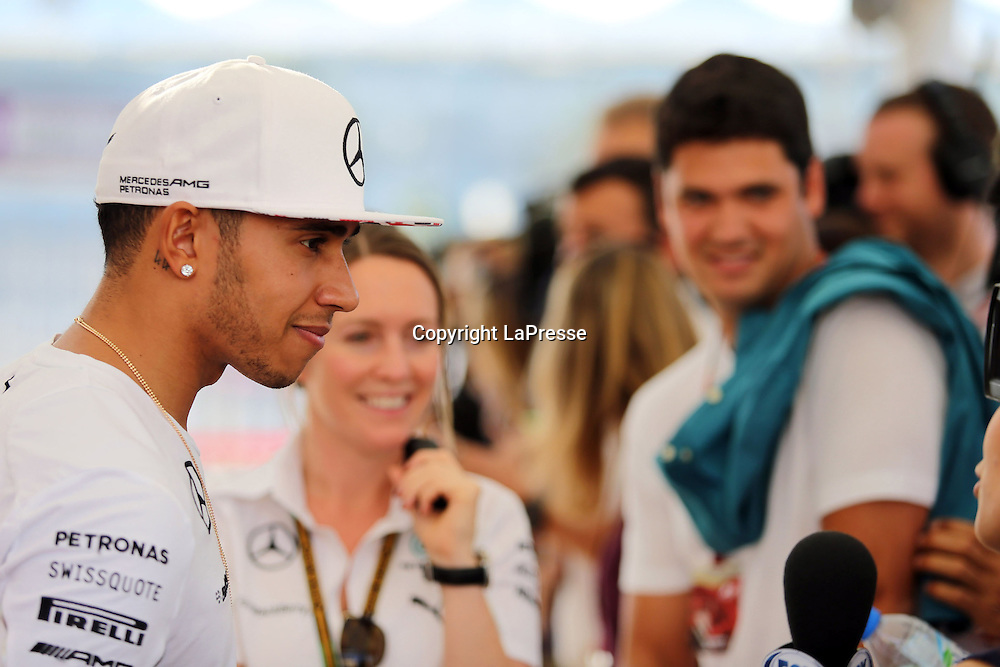 &copy; Photo4 / LaPresse<br /> 20/11/2014 Abu Dhabi, UAE<br /> Sport <br /> Grand Prix Formula One Abu Dhabi 2014<br /> In the pic: Lewis Hamilton (GBR) Mercedes AMG F1 W05