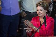 SAO PAULO, SP, 10.02.2014 - ANIVERSARIO PT / 34 ANOS - A presidente da Republica Dilma Rousseff durante cerimonia de comemoração dos 34 anos do Partido dos Trabalhadores no Grande Auditorio do Centro de Convencoes do Anhembi na regiao norte de Sao Paulo, nesta segunda-feira, 10. (Foto: Vanessa Carvalho / Brazil Photo Press).