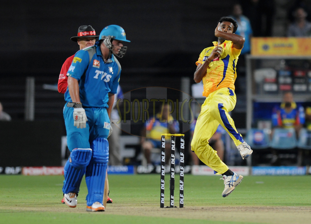 Vijaykumar Yo Mahesh of Chennai super Kings bowls during match 16 of the Indian Premier League ( IPL) 2012  between The Pune Warriors India and the Chennai Super Kings held at the Subrata Roy Sahara Stadium, Pune on the 16th April 2012..Photo by Pal Pillai/IPL/SPORTZPICS