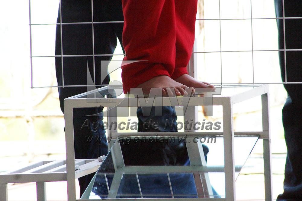 Valle de Bravo, México.- Eruviel Ávila Villegas, gobernador del Estado de México presidio la presentación del plan piloto de evaluación de capacitación funcional en la entidad mexiquense 2012. Agencia MVT / José Hernández