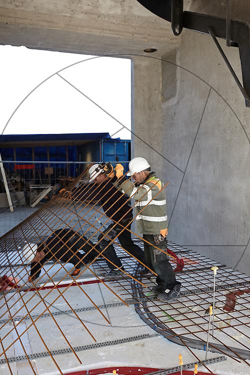 DLG-siloen Nordhavn, Unionkul, ombygning af kornsilo til luksuslejligheder, Klaus Kastbjerg, , By & Havns udstillingslokaler under renovering, , støbning af gulv, støbning af betongulv, støbning af cementgulv, bindejern