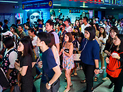 02 NOVEMBER 2018 - BANGKOK, THAILAND: The crowd in MRT Sukhmvit station during Friday evening rush hour. The MRT is Bangkok's subway system.      PHOTO BY JACK KURTZ