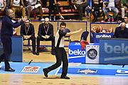 Descrizione: Beko Supercoppa 2015 Finale Grissin Bon Reggio Emilia - Olimpia EA7 Emporio Armani Milano<br /> GIOCATORE: <br /> CATEGORIA: Arbitro Referee Mani<br /> SQUADRA: Olimpia EA7 Emporio Armani Milano Grissin Bon Reggio Emilia<br /> EVENTO: Beko Supercoppa 2015<br /> GARA: Grissin Bon Reggio Emilia - Olimpia EA7 Emporio Armani Milano<br /> DATA: 27/09/2015<br /> SPORT: Pallacanestro<br /> AUTORE: Agenzia Ciamillo-Castoria/GiulioCiamillo