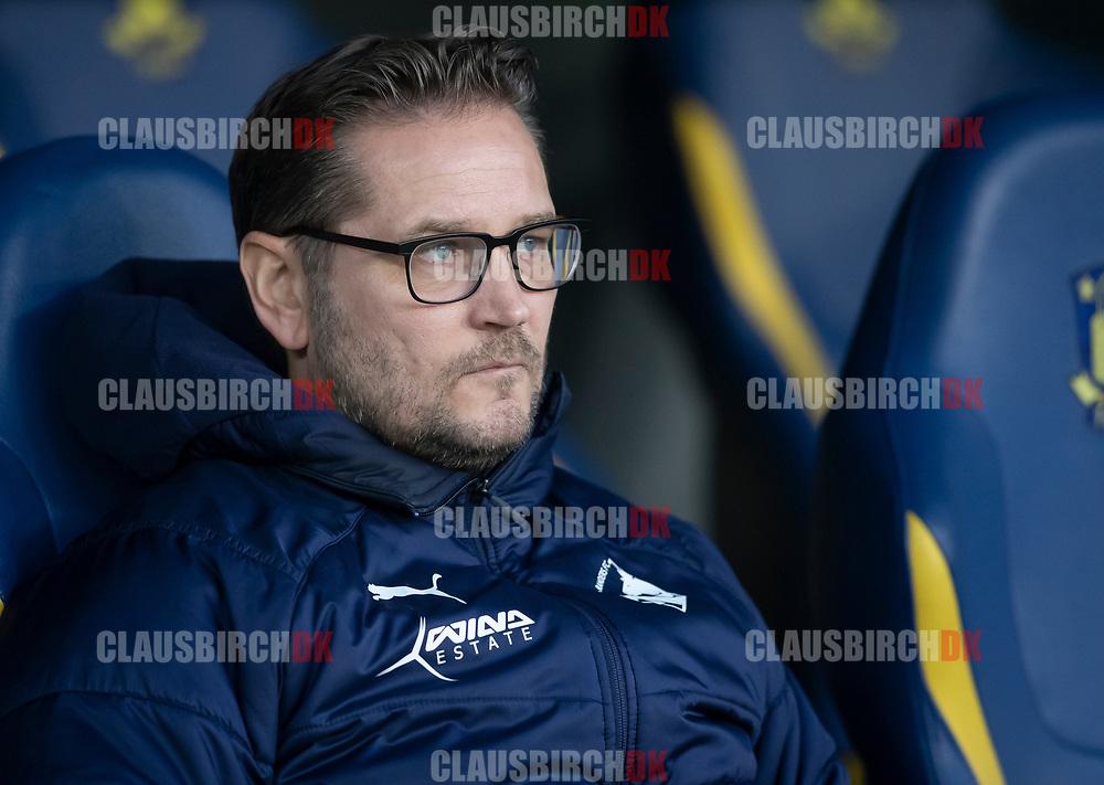 FODBOLD: Cheftræner Thomas Thomasberg (Randers FC) før kampen i Superligaen mellem Brøndby IF og Randers FC den 24. februar 2019 på Brøndby Stadion. Foto: Claus Birch.