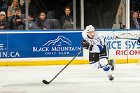 KELOWNA, CANADA - NOVEMBER 23:  Matthew Smith #9 of the Victoria Royals skates against the Kelowna Rockets on November 23, 2018 at Prospera Place in Kelowna, British Columbia, Canada.  (Photo by Marissa Baecker/Shoot the Breeze)