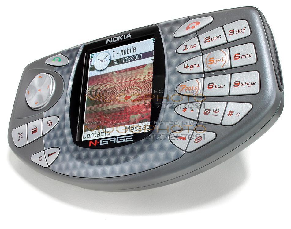 nokia n-gage mobile gaming device
