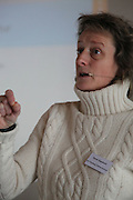 Omdømmebygging og bolyst var tema for årets Selbukonferanse. Det er kraft i distrikts-Norge. Jeg bodde her noen få år, men det er ikke tilfeldig at Selbu preger meg som den gjør, sier Karen Espelund, tidligere generalsekretær i Norges Fotballforbund, nå fylkesdirektør kultur og næring i Sør-Trøndelag. Det er kraft i distrikts-Norge, men hvordan er aksepten for annerledeshet? Den er viktig, sier Karen Espelund.