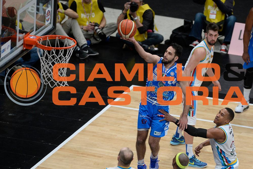 DESCRIZIONE : Milano BEKO Final Eigth  2016<br /> Vanoli Cremona - Dinamo Banco di Sardegna Sassari<br /> GIOCATORE : Rok Stipcevic<br /> CATEGORIA : Tiro Penetrazione Sottomano<br /> SQUADRA : Dinamo Banco di Sardegna Sassari<br /> EVENTO : BEKO Final Eight 2016<br /> GARA : Vanoli Cremona - Dinamo Banco di Sardegna Sassari<br /> DATA : 19/02/2016<br /> SPORT : Pallacanestro<br /> AUTORE : Agenzia Ciamillo-Castoria/D.Matera<br /> Galleria : Lega Basket A 2016<br /> Fotonotizia : Milano Final Eight  2015-16 Vanoli Cremona - Dinamo Banco di Sardegna Sassari<br /> Predefinita :