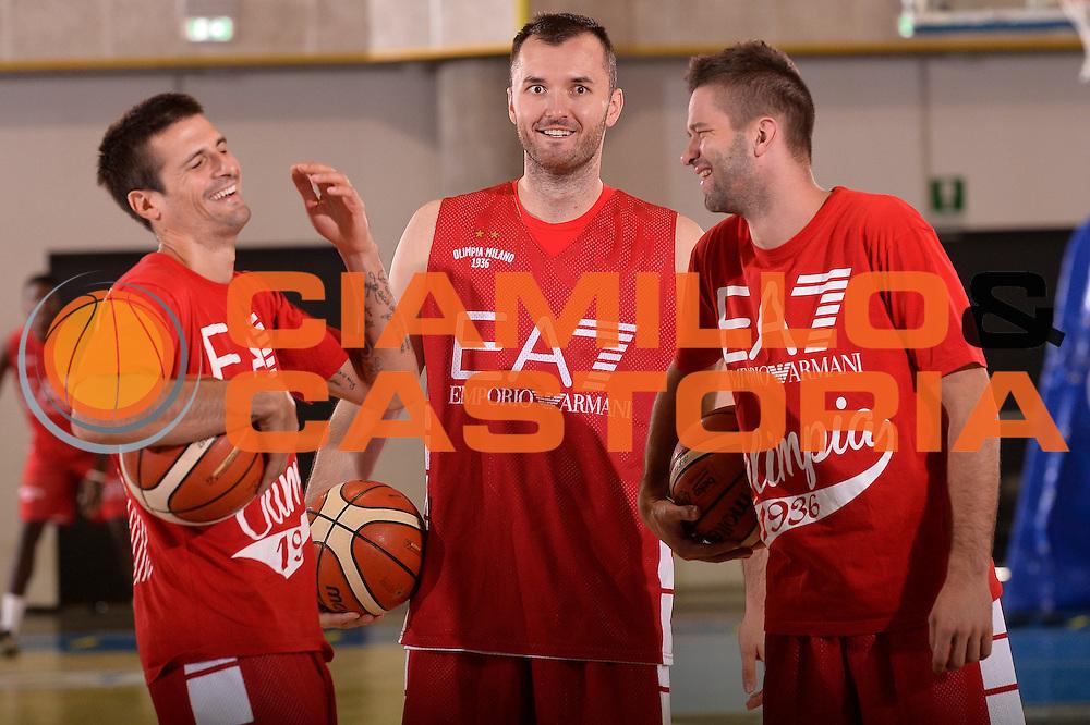 Andrea Cinciarini Milan Macvan Mantas Kalnietis  <br /> EA7 Emporio Armani Olimpia Milano allenamento<br /> Lega Basket Serie A 2016/2017<br /> Bormio 03/09/2016<br /> Foto Ciamillo-Castoria