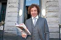 30/07/2012.  repro free first use. Ireland and Wolverhampton soccer player Stephen Hunt stops off at Hotel Meyrick before joining sports  personalities from the field of soccer and rugby at the opening day of Galway Races. Photo:Andrew Downes.