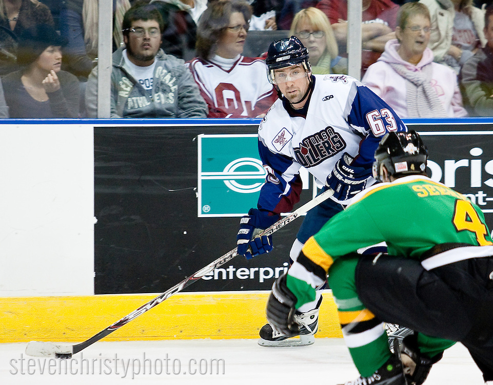 January 10, 2009: The Tulsa Oilers of the CHL play against the Oklahoma City (OKC) Blazers at the Ford Center in Oklahoma City, OK.