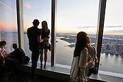 New York, 2015. One World Observatory aperto ai visitatori e luogo di osservazione privilegiata di Manhattan.<br />
