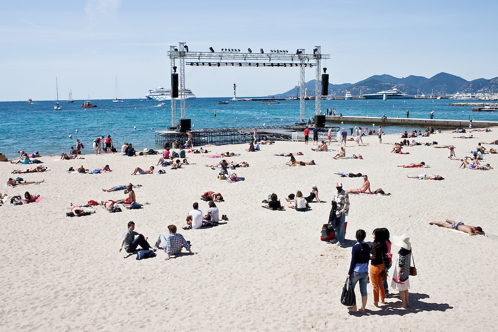 Traces du Festival, Carte blanche pour le Special Cannes de M Le Magazine du Monde