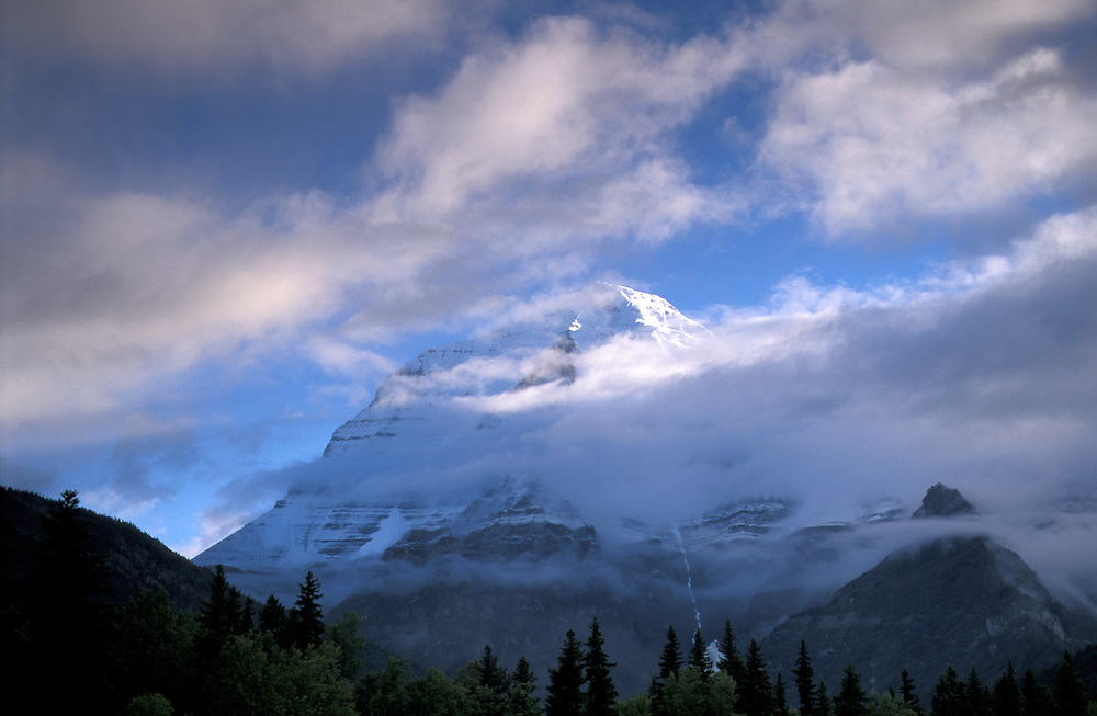 Mount Robson, Mount Robson Provincal Park,British Columbia,Canada