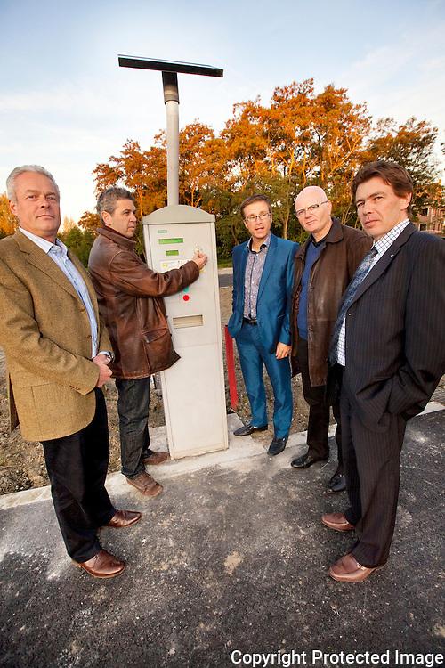 366807-opening van nieuwe parking aan predikherenlaan in Lier-Erik Vansteenbeeck, Dré Van Nueten, Dimitri Heirbaut, Jan Hermans en Ronny Eijckmans