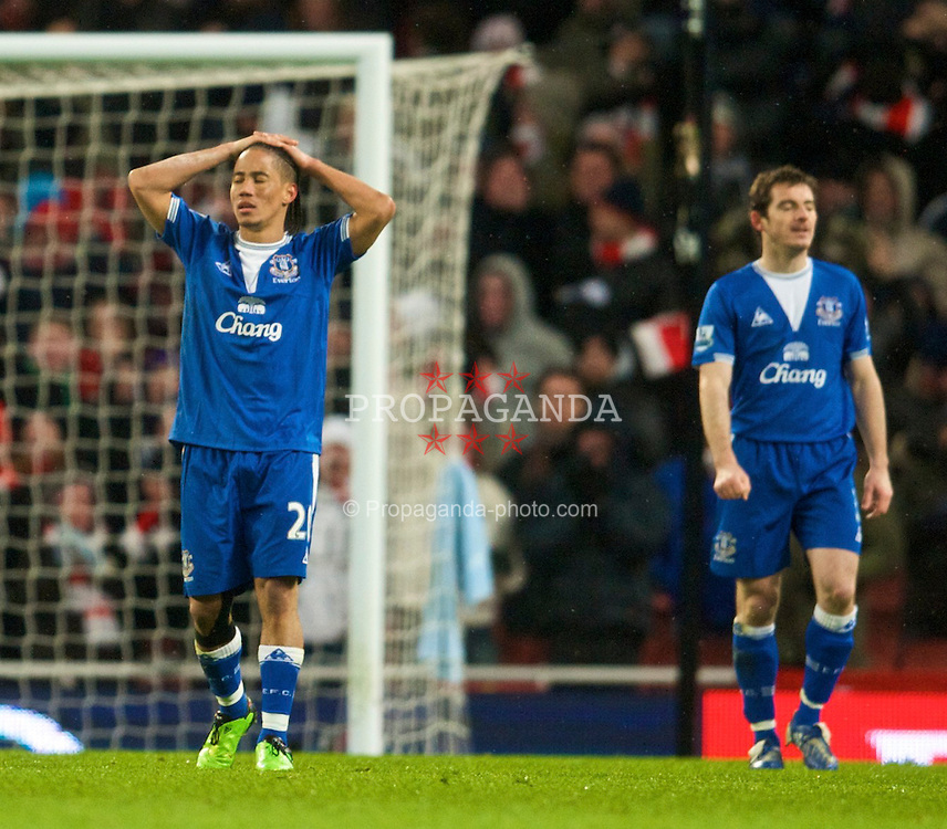 LONDON, ENGLAND - Saturday, January 9, 2010: Everton's captain Steven Pienaar looks dejected as Arsenal score an injury time equalising goal during the Premiership match at the Emirates Stadium. (Photo by David Rawcliffe/Propaganda)