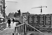 Frankrijk, Parijs, 15-10-1978 In de buurt van de vroegere hallen, Les Halles, waar het voedsel voor parijs werd verhandeld. De sloop is bijna voltooid en hier zal een nieuw en modern winkelcentrum en het centre Pompidou verschijnen .Foto: Flip Franssen