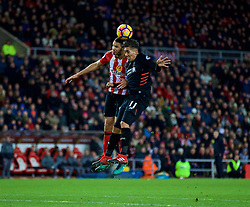 SUNDERLAND, ENGLAND - Monday, January 2, 2017: Liverpool's Roberto Firmino in action against Sunderland's Jack Rodwell during the FA Premier League match at the Stadium of Light. (Pic by David Rawcliffe/Propaganda)