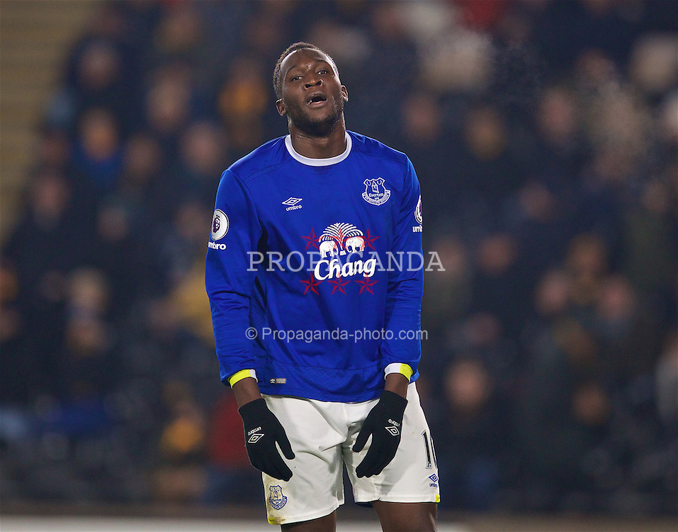 KINGSTON-UPON-HULL, ENGLAND - Friday, December 30, 2016: Everton's Romelu Lukaku looks dejected after missing a chance against Hull City in injury time during the FA Premier League match at the KCOM Stadium. (Pic by David Rawcliffe/Propaganda)