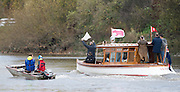 Putney-Chiswick.  Greater    London, UK. lUmpire Sir Steven REDGRAVE, rises the white flag to signal he is satisfied with the result of the   Women's 2015 Wingfield Scull Race, over the Championship Course, River Thames  Thursday  12/11/2015 <br /> <br /> [Mandatory Credit: Peter SPURRIER: Intersport Images]