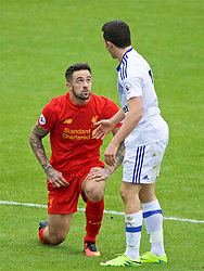 BIRKENHEAD, ENGLAND - Sunday, September 25, 2016: Liverpool's Danny Ings clashes with Sunderland's George Honeyman during the FA Premier League 2 Under-23 match at Prenton Park. (Pic by David Rawcliffe/Propaganda)