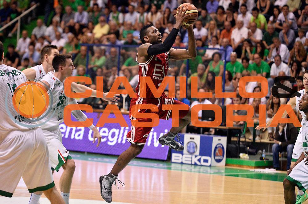 DESCRIZIONE : Siena Lega A 2013-14 Montepaschi Siena vs EA7 Emporio Armani Milano playoff Finale gara 4<br /> GIOCATORE : Keith Langford<br /> CATEGORIA : Tiro<br /> SQUADRA : EA7 Emporio Armani Milano<br /> EVENTO : Finale gara 4 playoff<br /> GARA : Montepaschi Siena vs EA7 Emporio Armani Milano playoff Finale gara 4<br /> DATA : 21/06/2014<br /> SPORT : Pallacanestro <br /> AUTORE : Agenzia Ciamillo-Castoria/GiulioCiamillo<br /> Galleria : Lega Basket A 2013-2014  <br /> Fotonotizia : Siena Lega A 2013-14 Montepaschi Siena vs EA7 Emporio Armani Milano playoff Finale gara 4<br /> Predefinita :