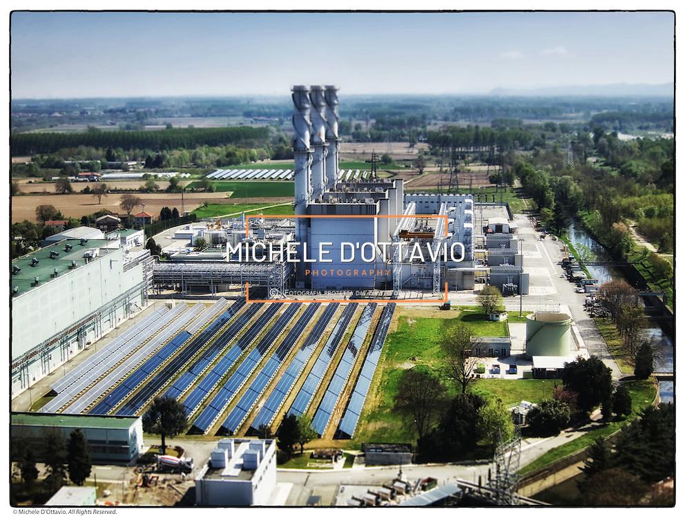 La centrale termoelettrica di Chivasso situata tra la sponda sinistra del fiume Po e l'imbocco del Canale Cavour, nel territorio del Comune di Chivasso, l'attuale centrale è un moderno impianto turbogas con ciclo alimentato a gas metano.