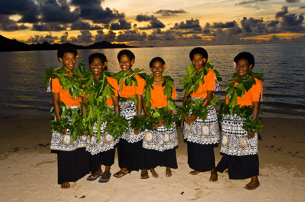 Fijian women, Nukubati Island Resort, Fiji Islands