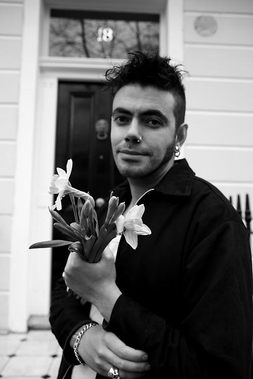 Fernando posing as Morrissey, Camden, London, January 2008