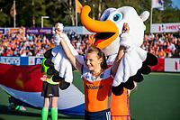 AMSTELVEEN -   Fan of the Match met Stockey ,  voor de halve finale  Nederland-Duitsland van de Pro League hockeywedstrijd dames. COPYRIGHT KOEN SUYK