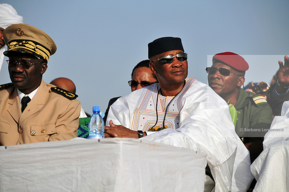 Former Malian president Amadou Toumani Touré at the 10th edition camels race of the Festival au Désert, Timbuktu.