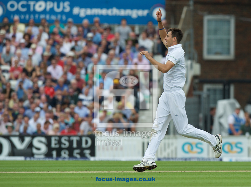 Steven Finn makes an appeal while bowling during the 5th Investec Ashes Test Match match at the Kia Oval, London<br /> Picture by Alan Stanford/Focus Images Ltd +44 7915 056117<br /> 20/08/2015