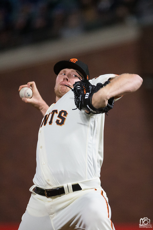 San Francisco Giants relief pitcher Mark Melancon (41) pitches against the Los Angeles Dodgers at AT&T Park in San Francisco, California, on April 24, 2017. (Stan Olszewski/Special to S.F. Examiner)