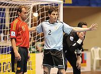 Fussball  International  FIFA  FUTSAL WM 2008   09.10.2008 Vorrunde Gruppe D Spain - Uruguay Spanien - Uruguay MARCELO (li, ESP) und Pablo LANZA (URU)