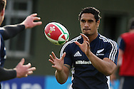 The New Zealand rugby team training at  Sophia Gardens in Cardiff ahead of the Match against Wales..pic by Andrew Orchard, Andrew Orchard sports photography.