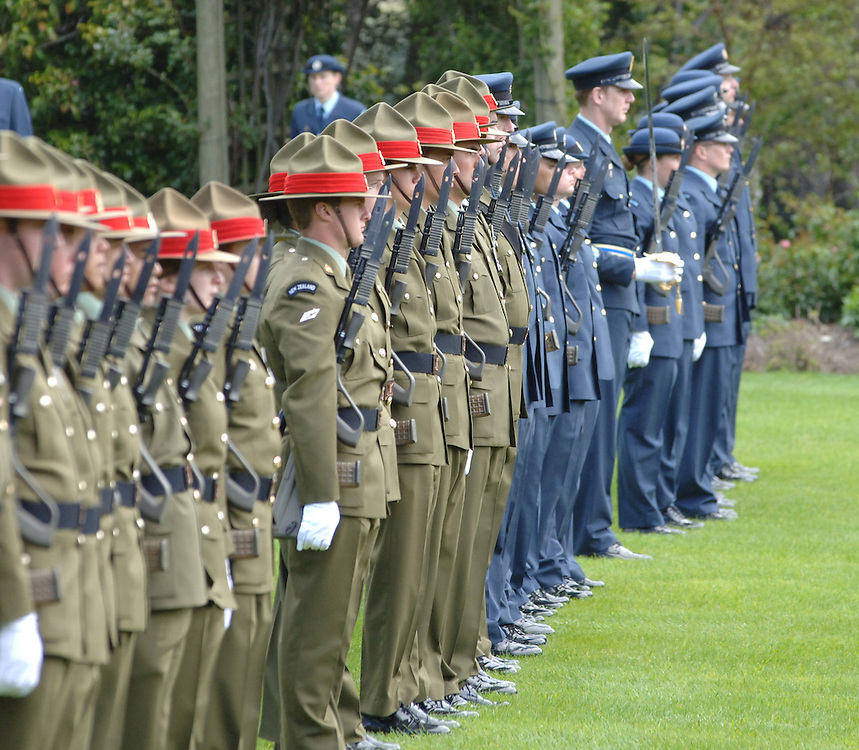 Ceremonial military guard of honour, Government House, Wellington, New Zealand, Tuesday, October 31, 2006. Credit:SNPA / Ross Setford