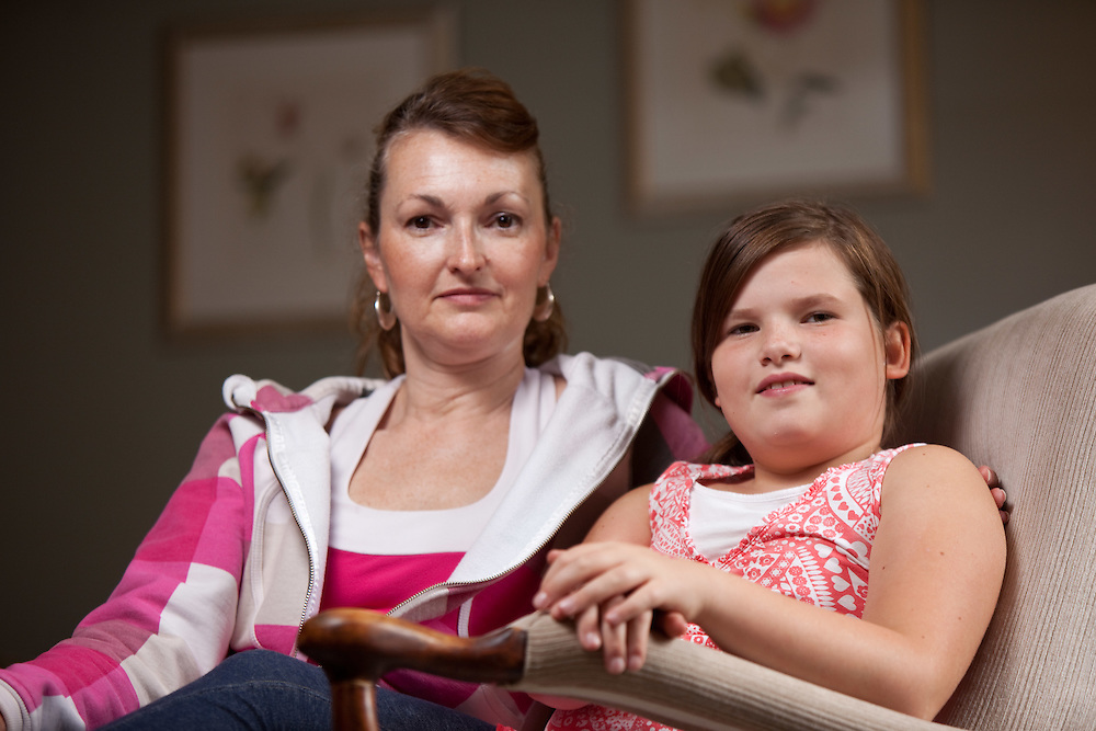 London, Ontario ---11-09-14--- Payton Shuck, 10, and her mother Paula pose for a photo in their London, Ontario home September 14, 2011. Payton is a perfectionist and has difficulty when things are not perfect.<br /> GEOFF ROBINS The Globe and Mail