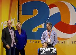 02-10-2013 VOLLEYBAL: WK KWALIFICATIE MANNEN NEDERLAND - ISRAEL: ALMERE<br /> Nederland wint met 3-0 van Israel / Michel Everaert, Mak Schriel en Huub van Buul<br /> ©2013-FotoHoogendoorn.nl
