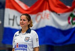 28-08-2016 NED: Nederland - Slowakije, Nieuwegein<br /> Het Nederlands team heeft de oefencampagne tegen Slowakije met een derde overwinning op rij afgesloten. In een uitverkocht Sportcomplex Merwestein won Nederland met 3-0 van Slowakije / lijnrechter