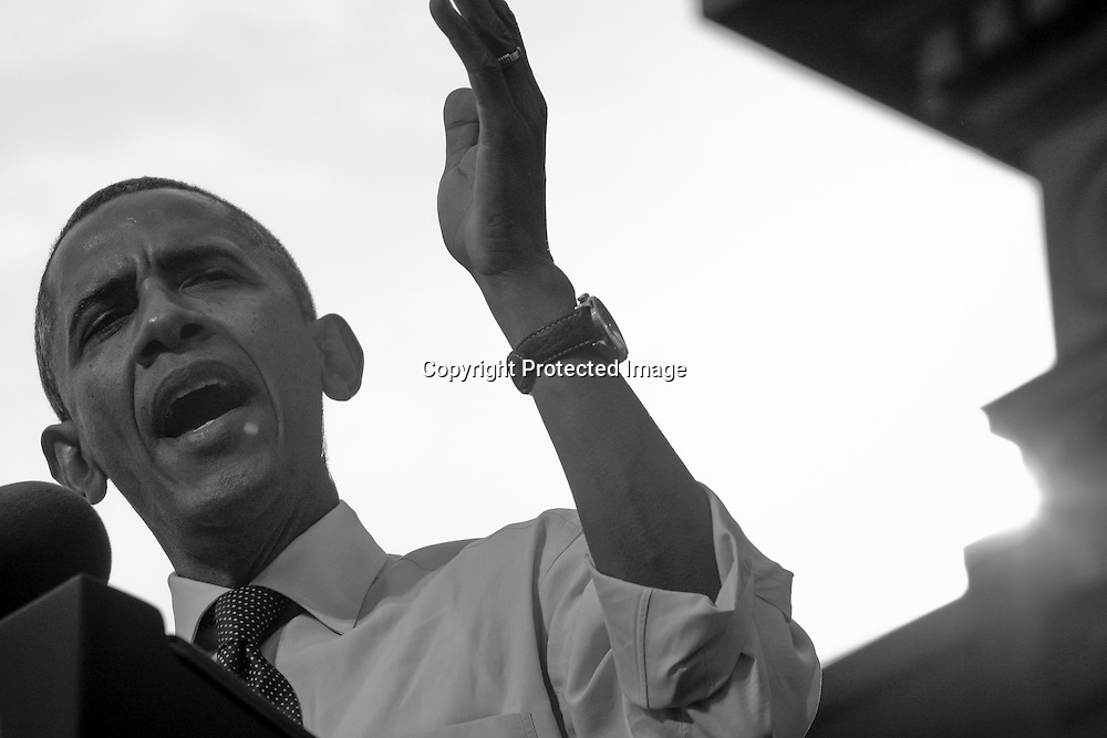 U.S. President Barack Obama addresses a campaign rally in Nashua, New Hampshire, October 27, 2012.