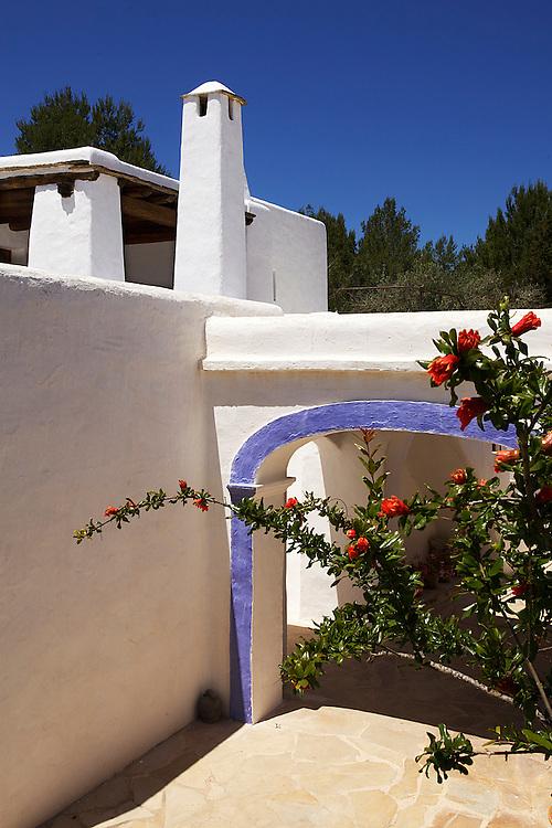 31/Mayo/2013 Ibiza. Sant Joan<br /> Agroturismo Ca n'Escandell. <br /> Arquitectura<br /> <br /> &copy;&nbsp;JOAN COSTA