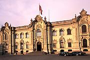 PERU, LIMA, LANDMARKS Palacio de Gobierno, Plaza de Armas