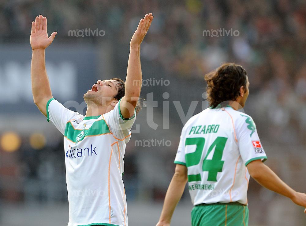 FUSSBALL   1. BUNDESLIGA   SAISON 2008/2009   8. SPIELTAG SV Werder Bremen - Borussia Dortmund                 18.10.2008 DIEGO (li) und Claudio PIZARRO (re, beide Bremen) enttaeuscht