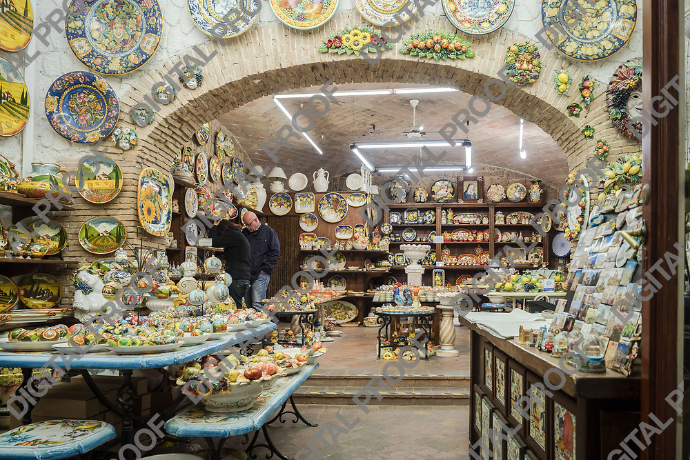 Orvieto pottery local shop.